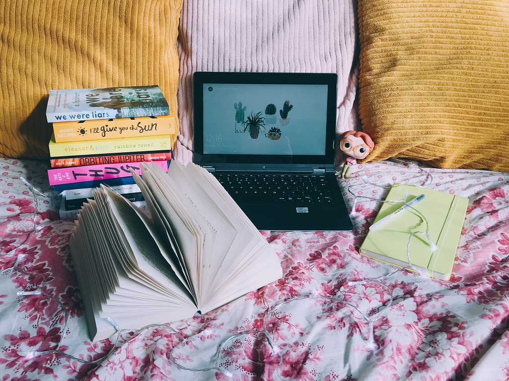 My Writing Journey // Writing A Novel (Starting Again)